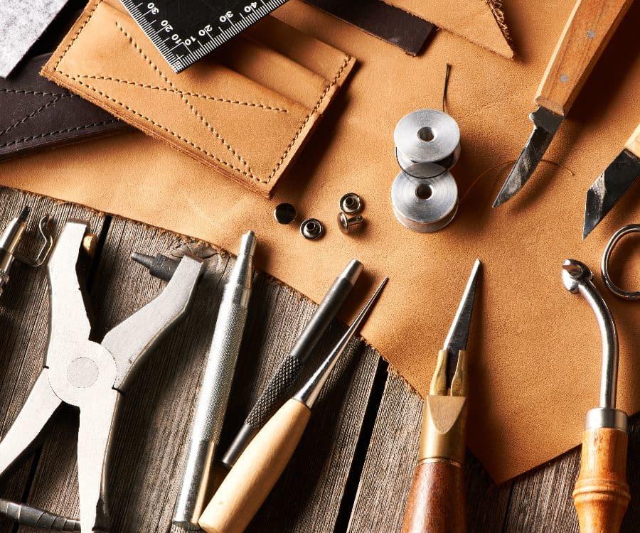 travail-cuir-outils